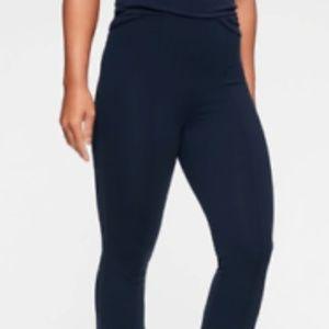 Athleta Greenwich Flare Pants size M Navy